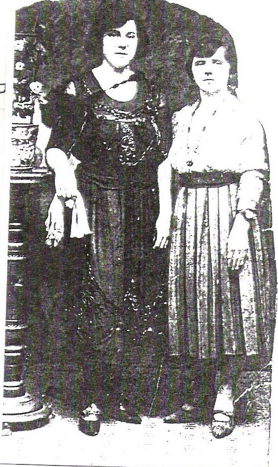 Louisa and Esther Phillips
